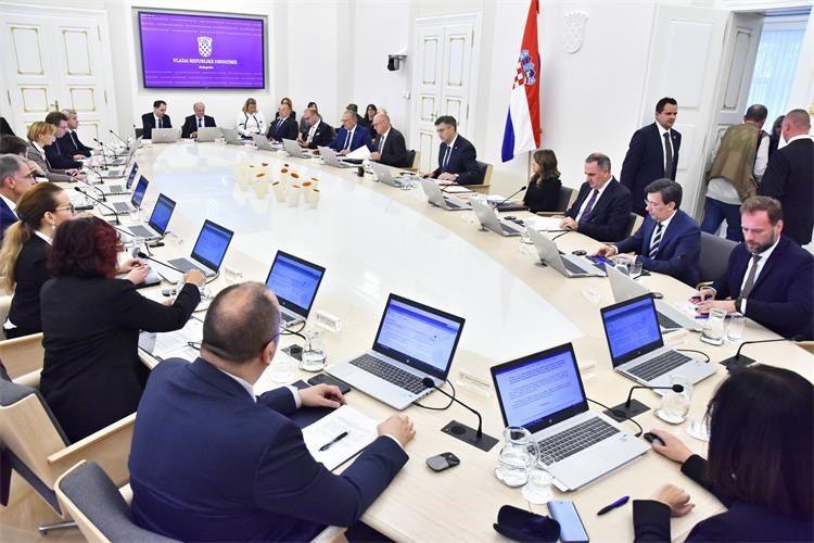 Glasa li HNS protiv proračuna HDZ će ih izbacit iz Vlade poput Mosta