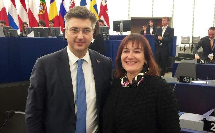 """Plenković čestitao Šuici na potvrdi u Odboru za ustavna pitanja Europskog parlamenta: """"Veliki uspjeh za Hrvatsku!"""""""