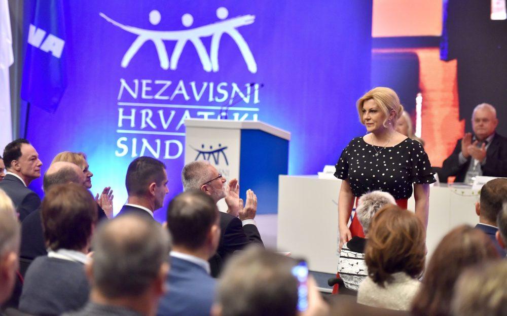 Grabar-Kitarović: Proračunski višak mora se preliti na račune građana