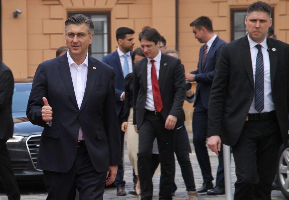 Plenković: Je li loše u mandatu jedne vlade dobiti plaću veću za 20 posto?