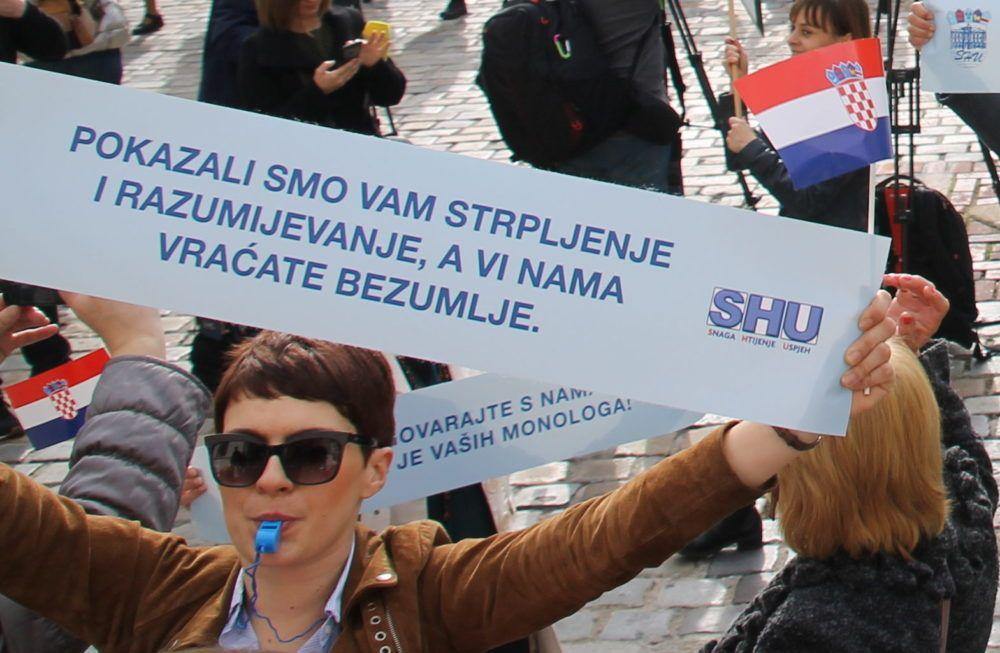 Školski sindikati: Štrajk ide jednakom snagom, štetu učenicima i roditeljima, ako osjećaju da je imaju, učinila je Vlada