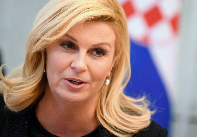 Predsjednica Kolinda Grabar-Kitarović čestitala građanima Novu 2020. godinu, da u zajedništvu i domoljublju nastave raditi za bolju i prosperitetnu budućnost