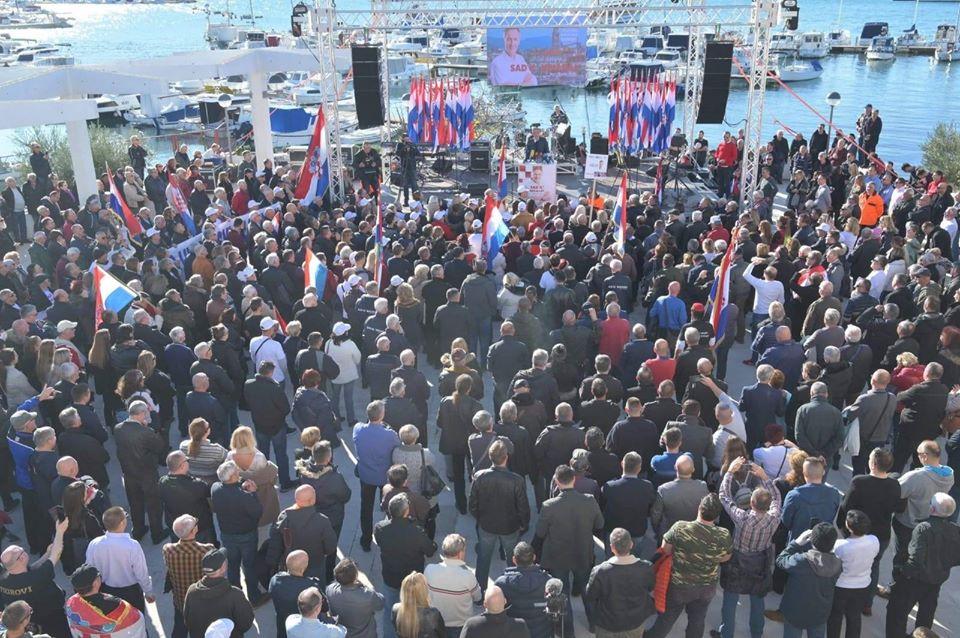 """Škoro u Splitu: """"Nitko nas zaustaviti ne može. Narod je odlučio, a Bog nam pomaže"""""""