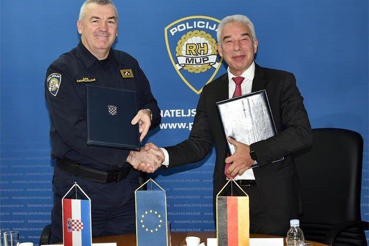 Hrvatska policija zaprimila donaciju njemačke policije za potrebe prevencije: Donirana je audio-video, informatička i dodatna oprema u vrijednosti od 150 tisuća kuna