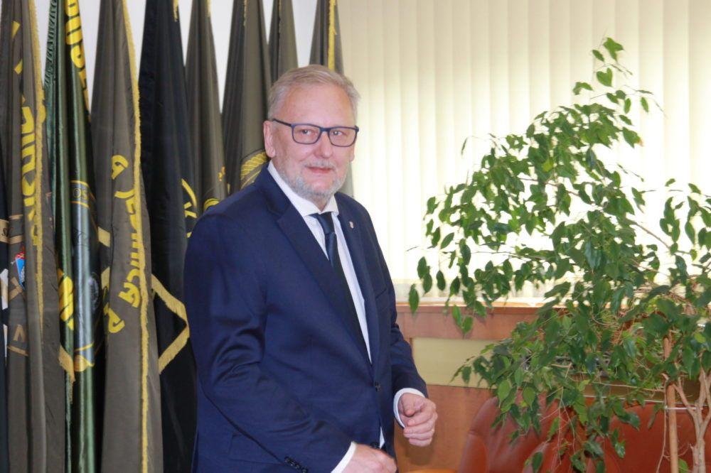 Božićna čestitka potpredsjednika Vlade RH i ministra unutarnjih poslova dr.sc. Davora Božinovića: svima Vam želim mirne i sigurne blagdane