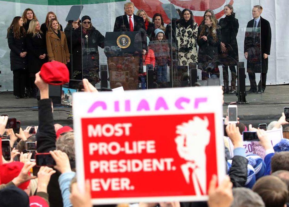 """Trump postao prvi predsjednik na američkom Hodu za život: """"Svako dijete je neprocjenjivo i sveti dar od Boga"""""""
