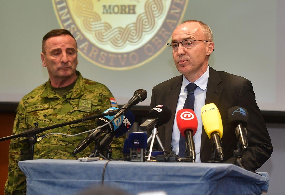 Ministar Krstičević i general Šundov izrazili sućut obitelji Baturina