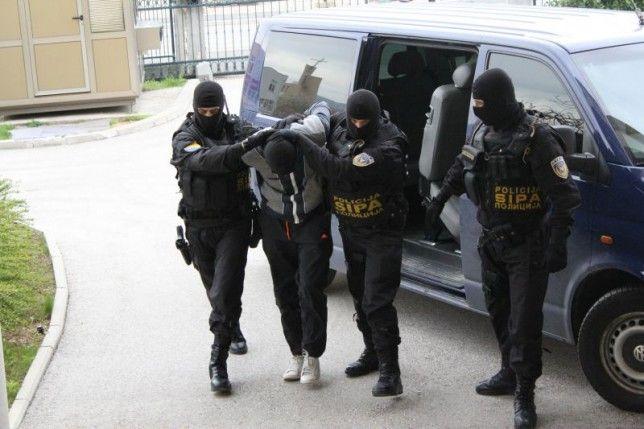 """BiH: SIPA u policijskoj akciji """"LIM"""" razbila skupinu krijumčara droge, 19 uhićenih"""