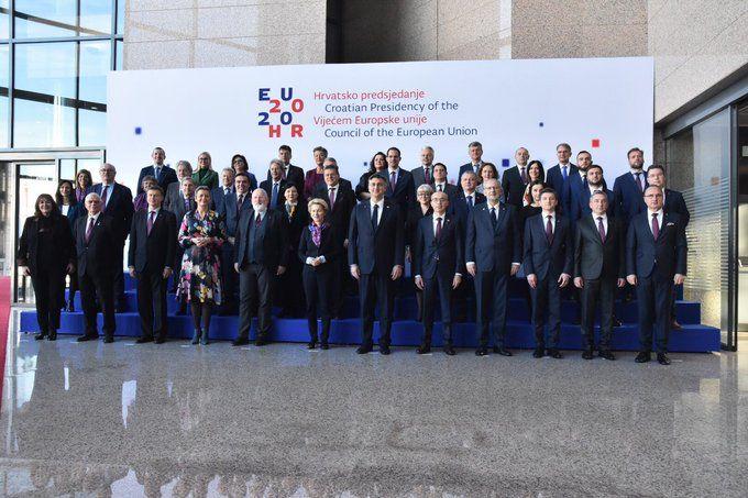 Von der Leyen: EU može postati utjecajniji putem trgovine i posredovanja