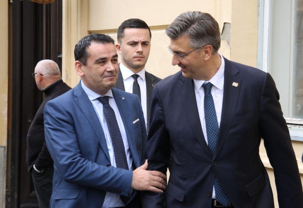 """Plenković odgovorio na prozivke unutar HDZ-a: Nema ništa """"lijevo"""" u politici koju provodim"""