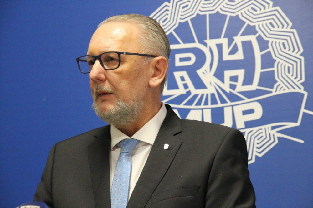 Božinović podsjetio da je pravosudna policija mjerodavna za izlaske iz zgrade suda