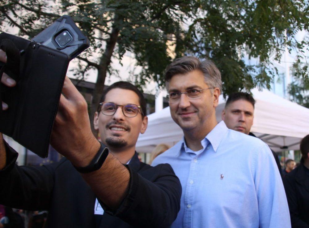 Većina birača HDZ-a želi da stranka ostane na Plenkovićevu kursu desnog centra