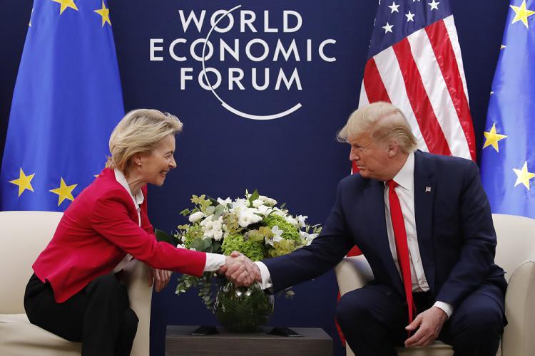 RUKA POMIRENJA: Trump i Von der Leyen neočekivano najavili prekoatlantski trgovinski ugovor