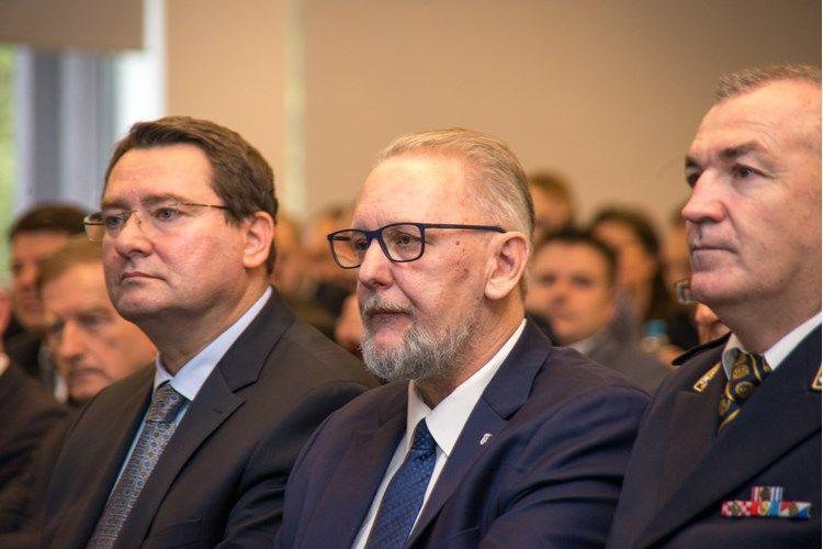 KONFERENCIJA O SIGURNOSTI CESTOVNOG PROMETA Božinović: Kvalitetni pomaci u svim segmentima
