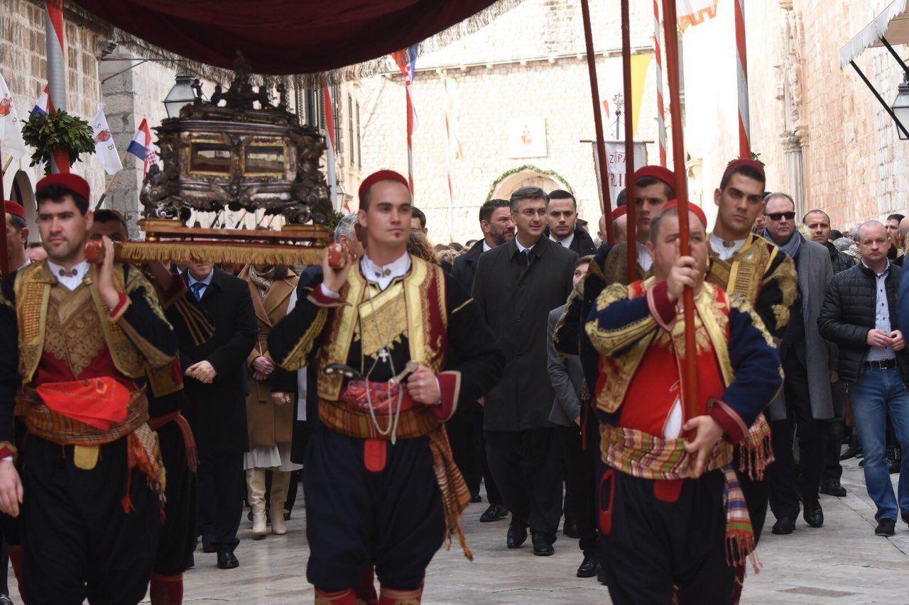 Dubrovčani proslavili 1048. Festu svetog Vlahe, u tradicionalnoj procesij i predsjednik Vlade Andrej Plenković