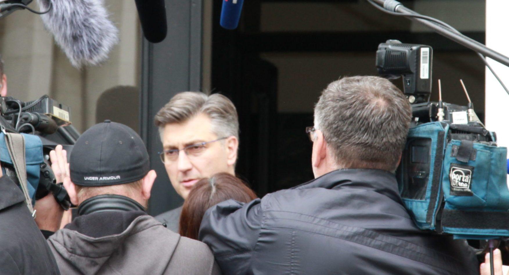 """Plenković: Jasno je kao dan da se """"češljaju"""" ljudi koji su mi dali podršku na izborima za predsjednika HDZ-a"""