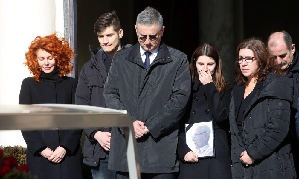 """POSLJEDNJI POZDRAV Tomislav Karamarko: Bio si ponosan, oče, i ja sam ponosan na tebe i tvoj život, na svaki tvoj dan i korak. """"Da, tata, ti si naš anđeo!"""""""