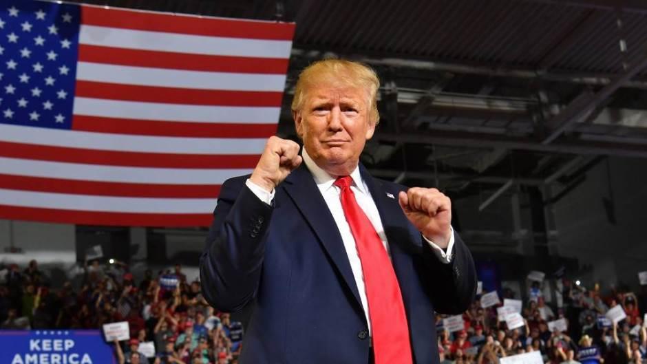 """Trump: Amerika snažnija nego ikada. """"Najbolje tek dolazi"""""""