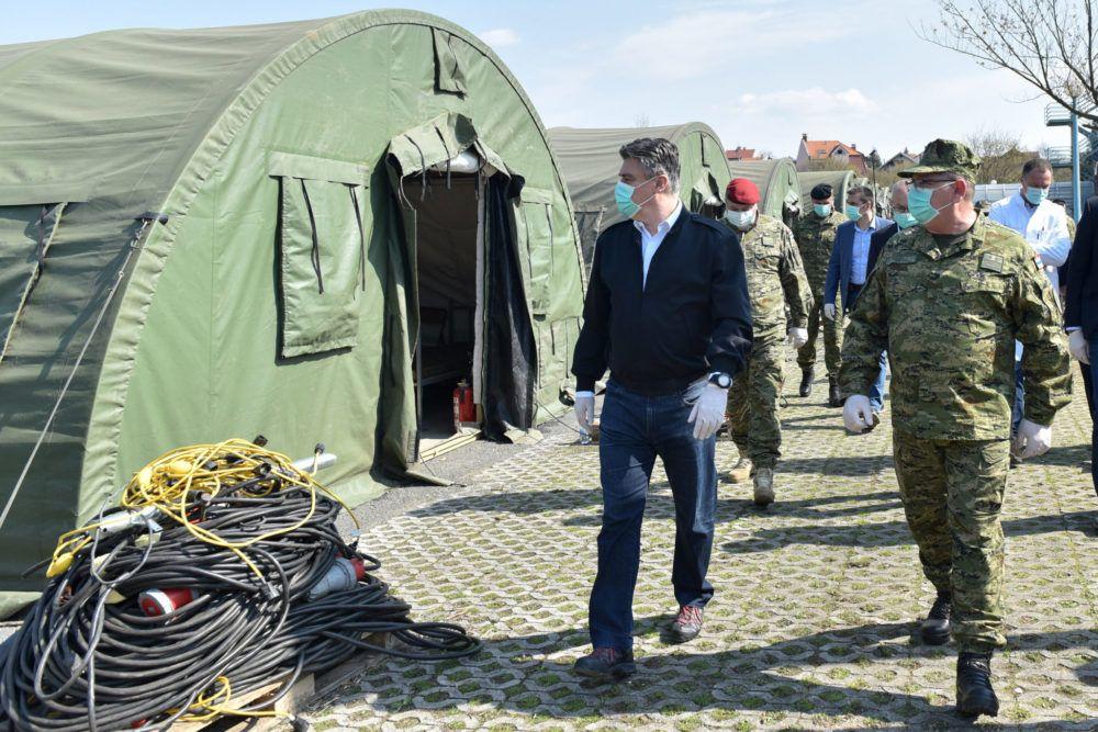 Milanović i Krstičević obišli ekspedicijski kamp i šatore ispred KB Dubrava: Nema potrebe za uvođenjem izvanrednog stanja