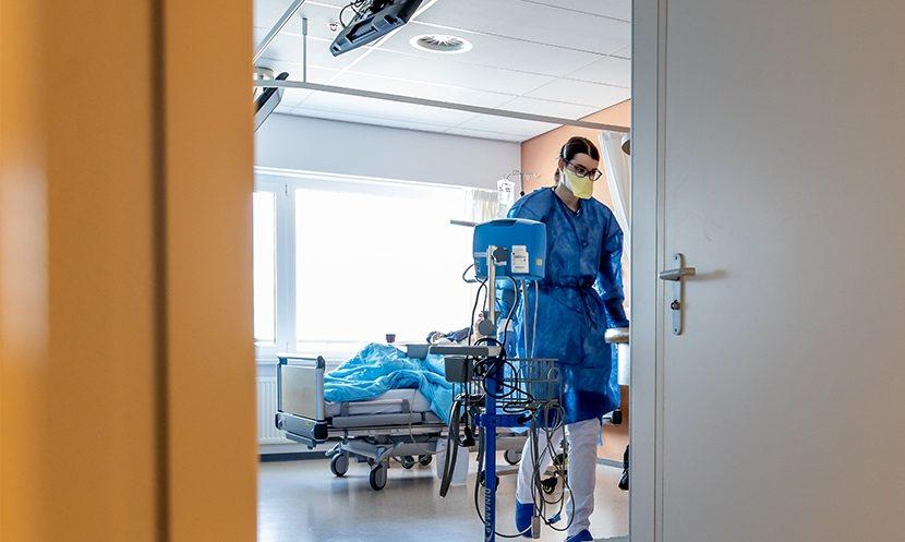 PANDEMIJA: U Španjolskoj 3.500 novooboljelih od koronavirusa COVID-19, preminula zdravstvena radnica