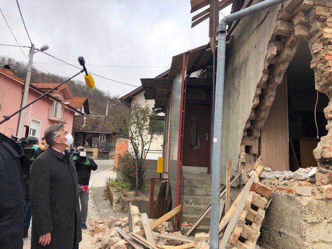 Premijer Plenković obišao podsljemensko područje pogođeno potresom