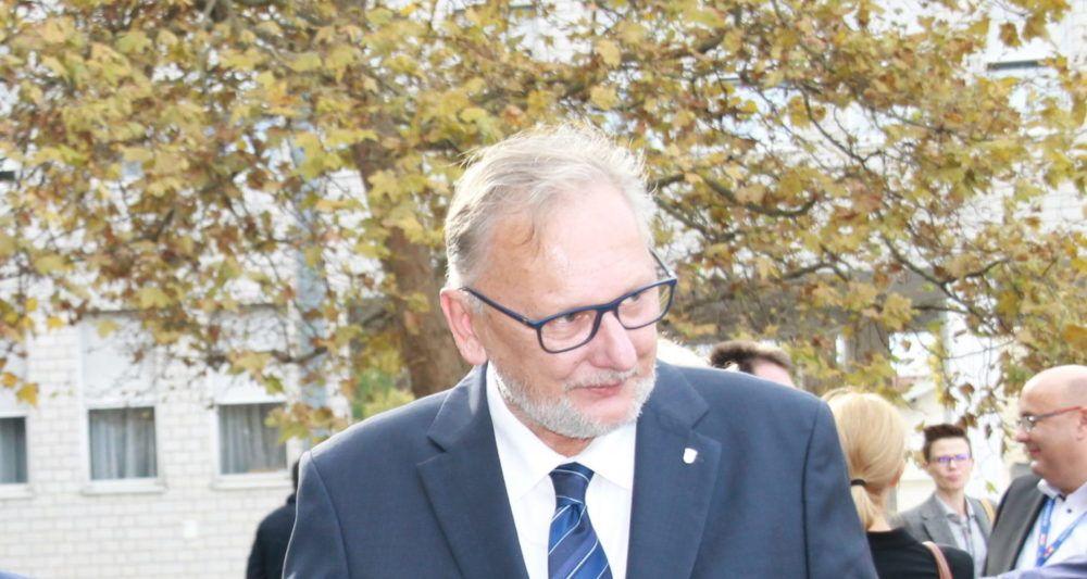 Božinović: Mjere ograničavanja djelatnosti radi zaštite od širenja koronavirusa se dobro provode