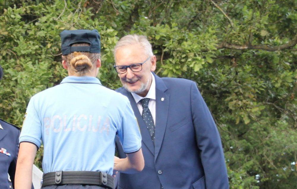 MEĐUNARODNI DAN ŽENA Ministar Davor Božinović uputio čestitke svim ženama, policijskim i državnim službenicama u sastavu MUP-a