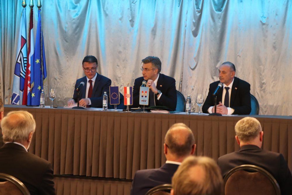 Predsjedništvo i Nacionalno vijeće HDZ-a: Miro Kovač i Milijan Brkić gube pozicije u Saboru; Želimo da tu budu ljudi koji apsolutno podržavaju smjer stranke