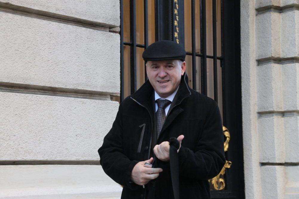 Predsjednik Kluba zastupnika HDZ-a Bačić: Vlada se odlično nosi s koronavirusom i migrantskom krizom