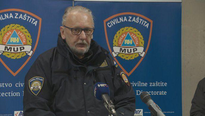 """Božinović: """"Nije vrijeme za snježne radosti. Molim roditelje i sve koji misle snježni dan iskoristiti za zabavu i razonodu, da od toga odmah odustanu"""""""