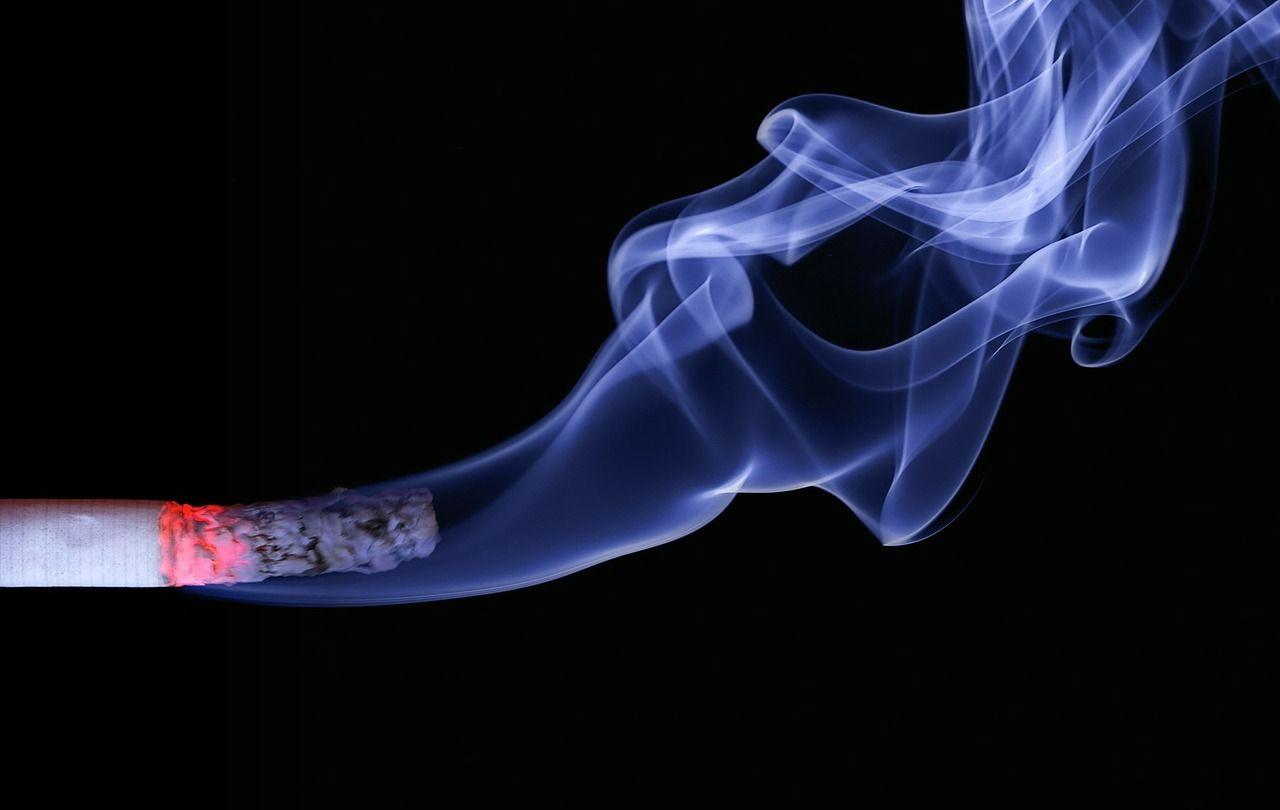 Oslabljen imunosni sustav: je li koronavirus Covid-19 opasniji za pušače?