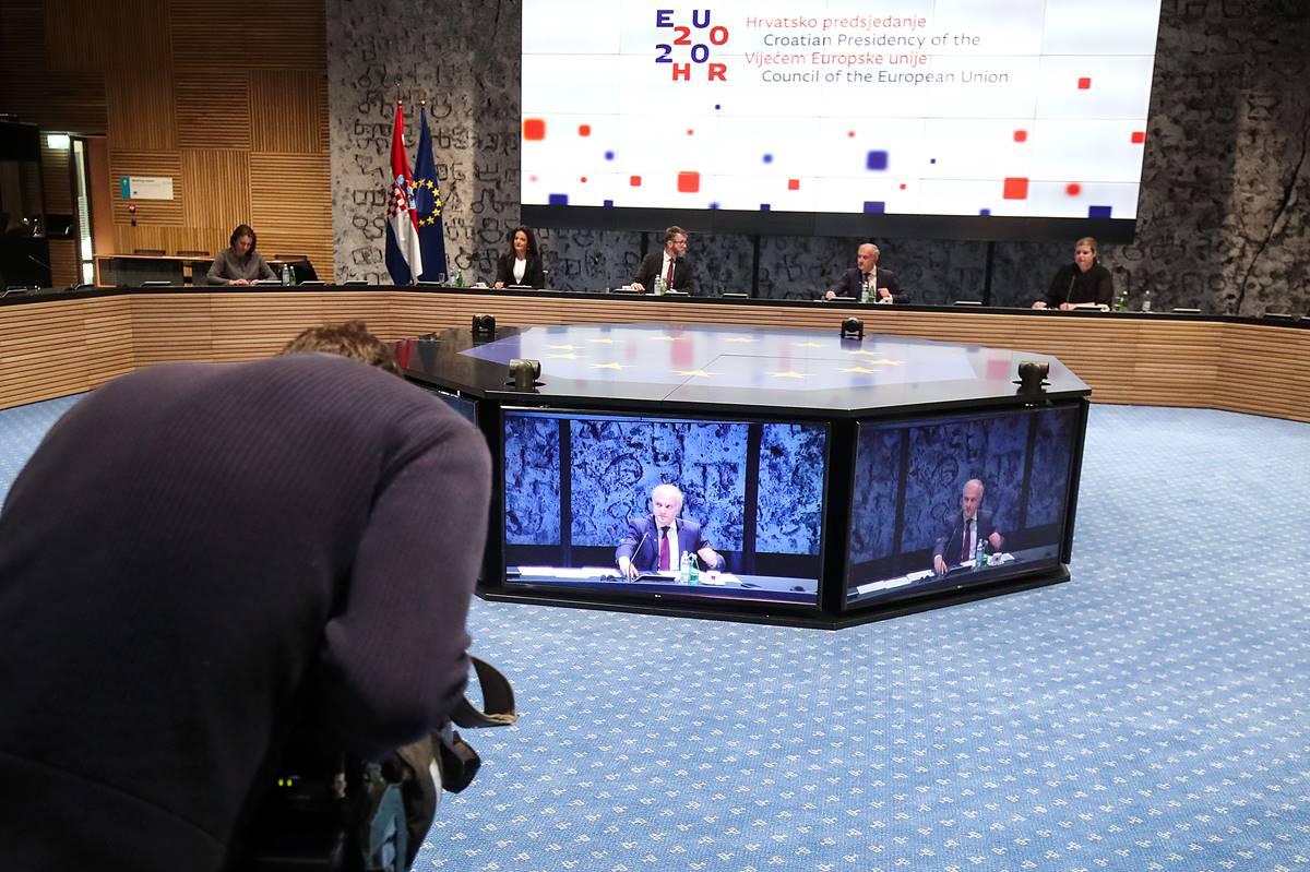 Europski ministri pravosuđa: izvanredne mjere zbog pandemije koronavirusa moraju biti u skladu s vrijednostima Unije