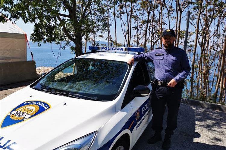 Kristijan Kuran iz Policijske postaje Makarska: Žurne službe povezuje želja za pomaganjem ljudima