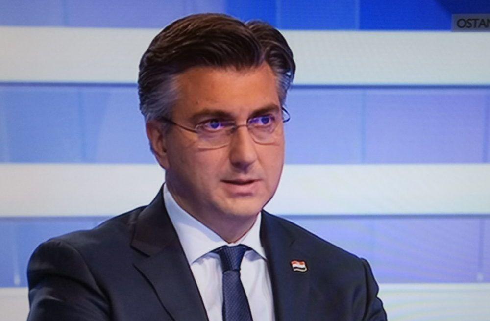 """Plenković u HRT-ovoj emisiji """"1 na 1"""": Naša želja za lipanj, da izađemo iz ovoga snažniji"""