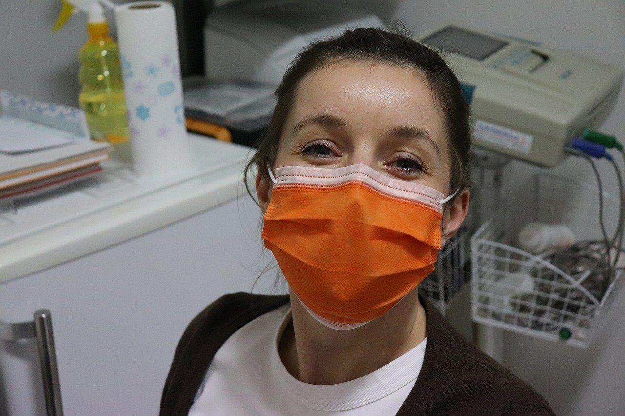 U Hrvatskoj 68 novozaraženih koronavirusom, ukupno 1079, osmero preminulih, oporavilo se 92 bolesnika, a 39 na respiratoru