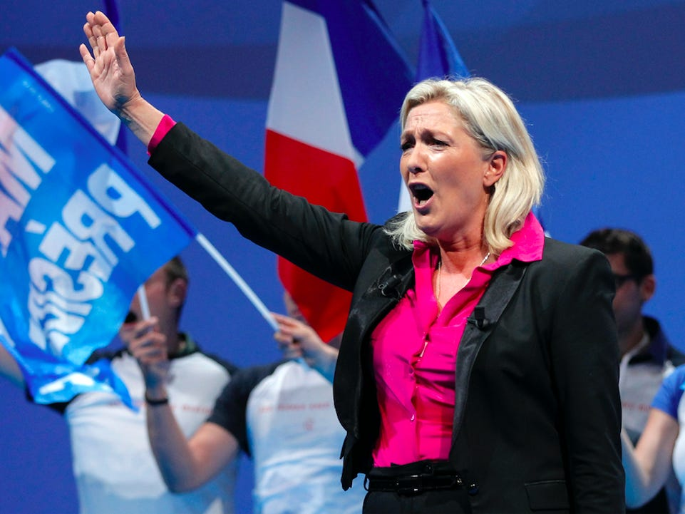 Svaki peti Francuz misli da bi Le Pen bila bolja od Macrona