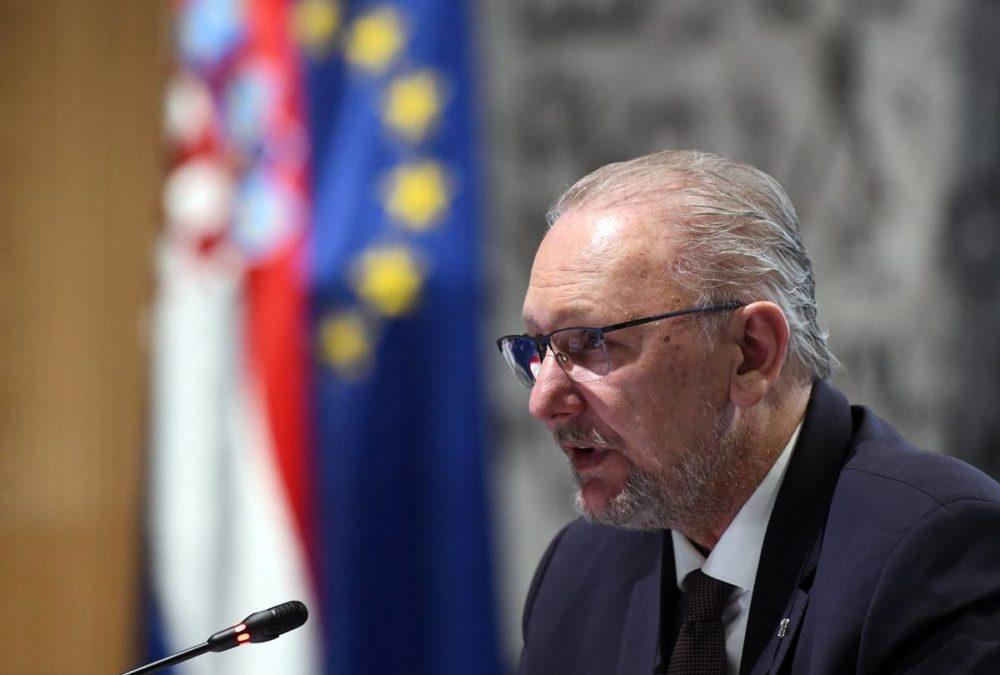 MINISTAR POLICIJE Božinović o aktivnostima Nacionalnog stožera i protokola Hrvatske i Mađarske o obavljanju granične kontrole