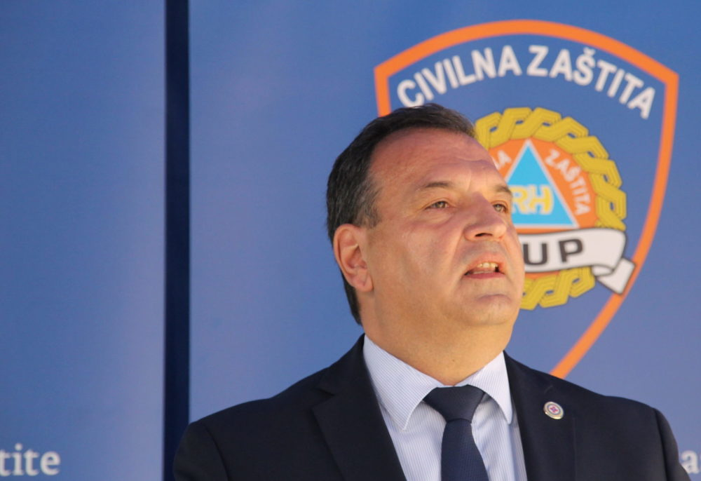 Beroš: Petnaest novih slučajeva zaraze koronavirusom, jedna osoba umrla, ukupno 2176 osoba pozitivnih u Hrvatskoj
