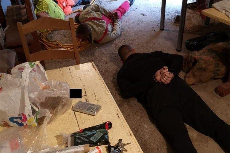 UDAR NA KRIMMILJE: Splitska policija uhitila narko skupinu, heroin i kokain švercali iz Albanije i BiH