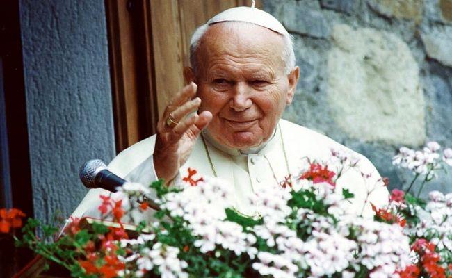 """Poljska danas slavi sveca Katoličke Crkve Ivana Pavla II.: """"bio je čovjek milosrđa jer pravda i milosrđe idu zajedno"""""""