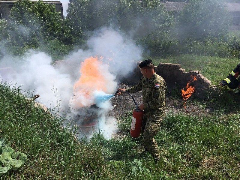 MORH: Sokolovi sudjelovali u protupožarnoj obuci s vatrogasnim postrojbama