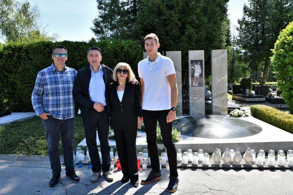 Cibona se poklonila Draženu Petroviću – velikan hrvatske i svjetske košarke