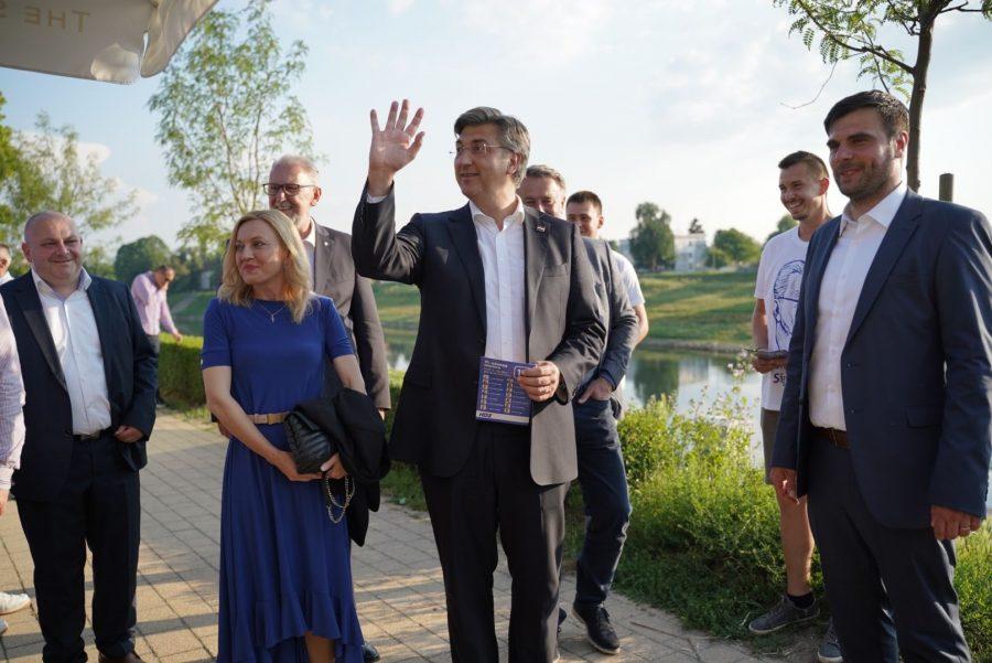 Plenković: Do kraja mandata povećavamo prosječnu plaću na 7600 kuna