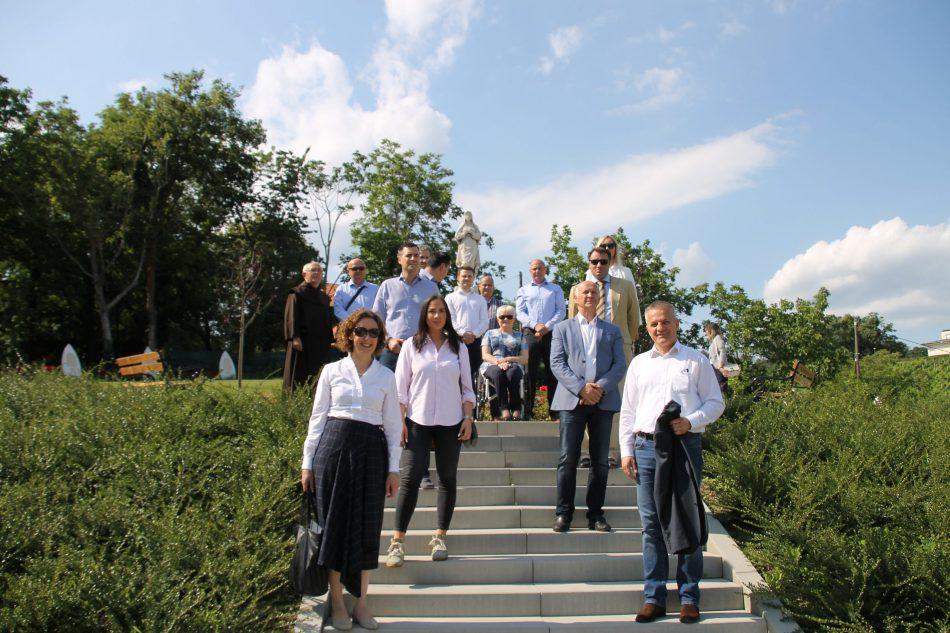 Kandidati HDZ-a I. Izborne jedinice obišli Svetište Majke Božje Remetske koje je stradalo u razornom potresu