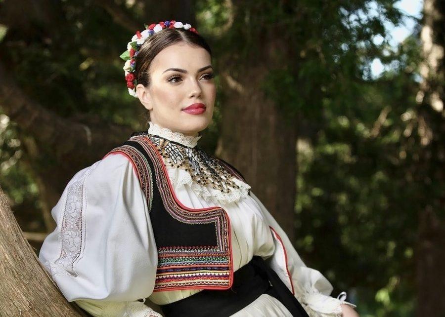 Najljepša Hrvatica u narodnoj nošnji izvan RH je Ivana Glavić iz Kanade