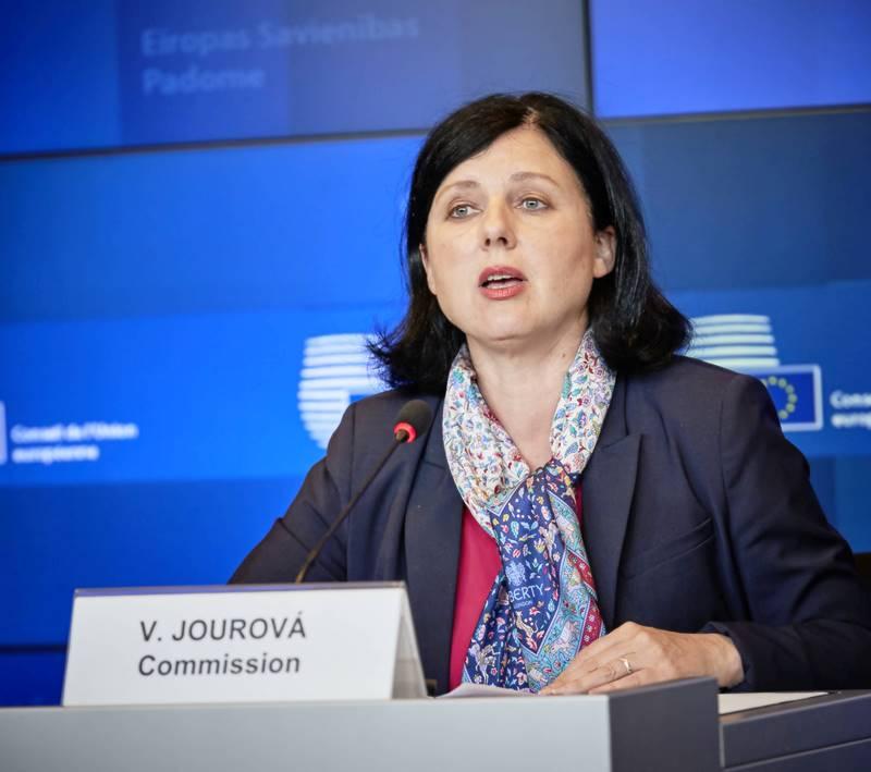 Potpredsjednica EK Vera Jourova: Snažna vladavina prava uvjet za europski novac