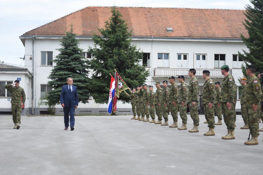 """U vojarni """"Bilogora"""" u Bjelovaru održana je svečanost povodom dolaska 5. hrvatskog kontingenta iz NATO aktivnosti ojačane prednje prisutnosti u Poljskoj"""