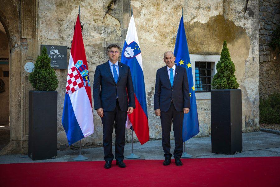 Janša: Politika uvjetovanja pristupa Hrvatske Schengenu ili eurozoni se ne isplati