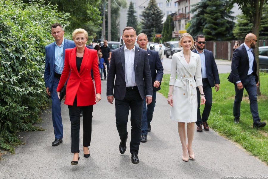 U Poljskoj ponovno izabran dosadašnji konzervativni predsjednik Andrzej Duda