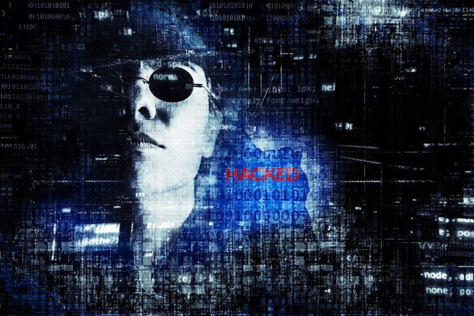 SAD optužio dvoje kineskih državljana za cyber špijunažu: hakiranjeameričke vojne industrije, podataka o covidu-19te podataka drugih kompanija širomsvijeta